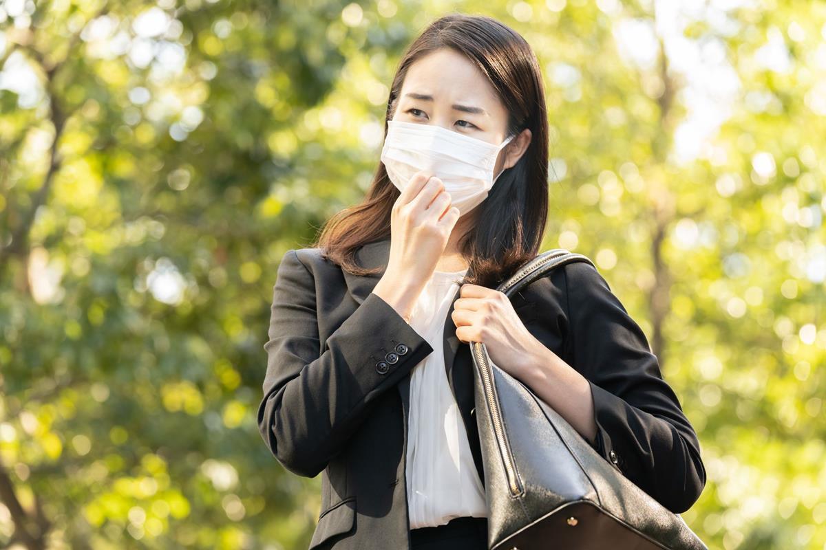 女性のマスク通販